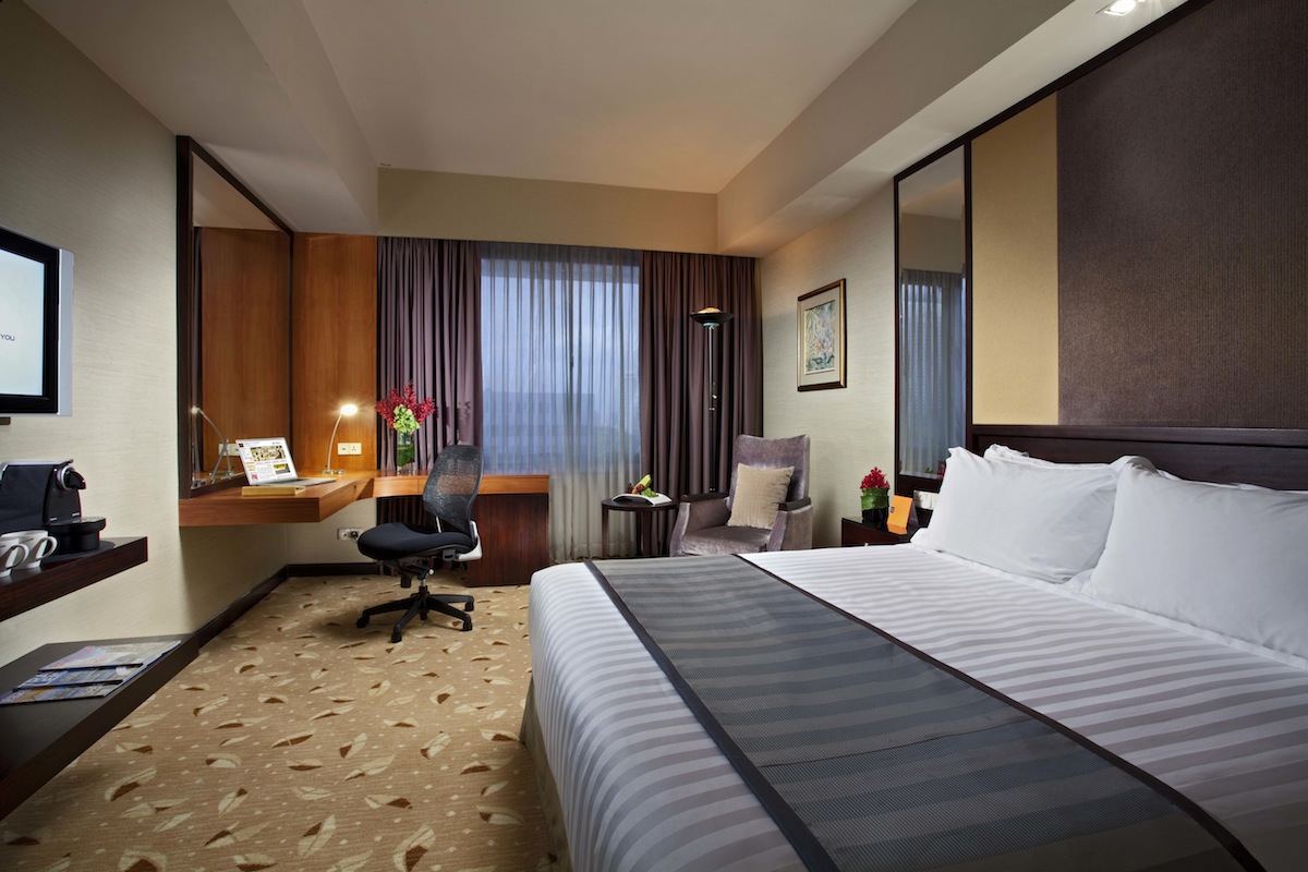 Review Royal Plaza On Scotts In Singapore Lifestyleasia Singapore