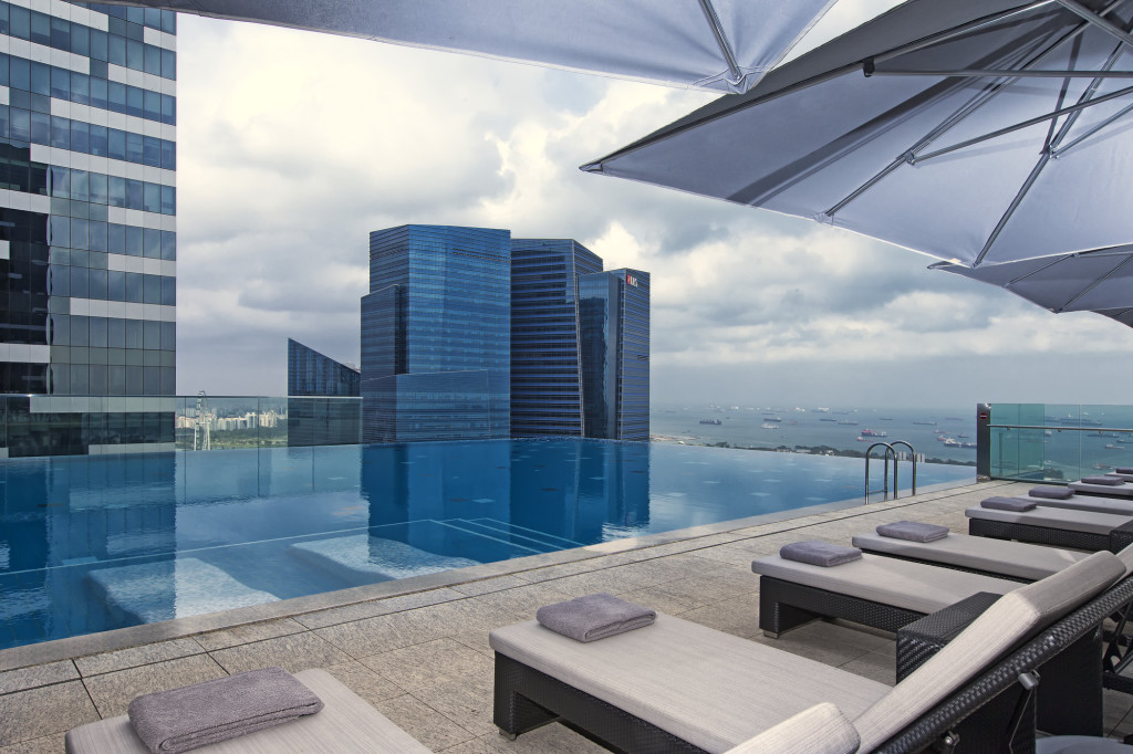Singapore Hotel With Infinity Pool On Rooftop Image Best Hotel Rooftop Pools In Singapore LifestyleAsia Singapore