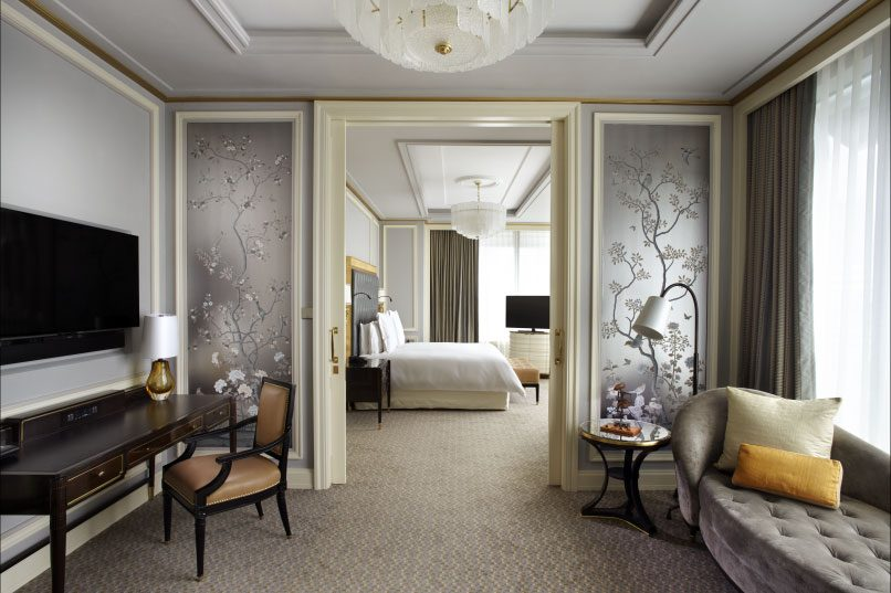 The 125 guest suites at Four Seasons Hotel Jakarta are spacious, comfortable and highly functional.