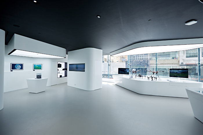 The SkyPixel Gallery on the first floor will showcase breathtaking examples of aerial photography from around the world.