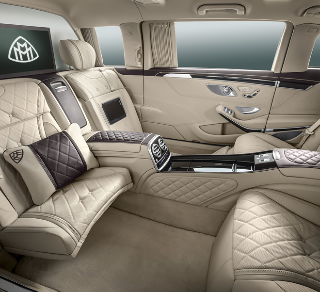 Personal fortress mercedes maybach s600 pullman guard for Interieur voiture de luxe