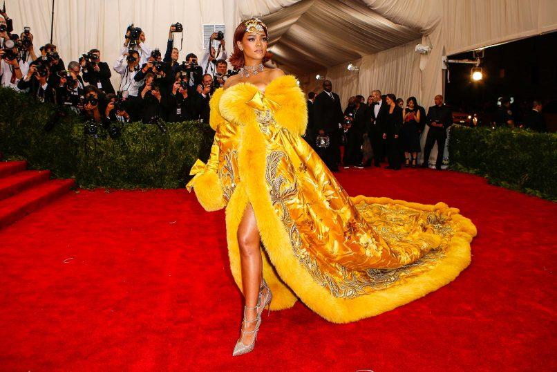 Rihanna-in-Guo-Pei