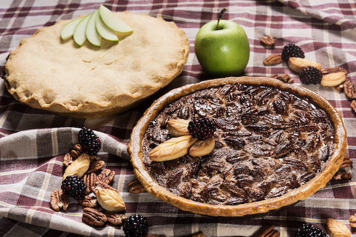 Bloom_Apple Pie & Pecan Pie