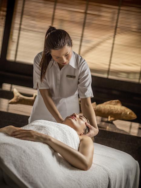 Plateau Spa Head Massage
