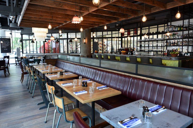 Jamie's Italian - interior- การตกแต่งร้านสำหรับรับประทานอาหารแบบสบายๆ (3)