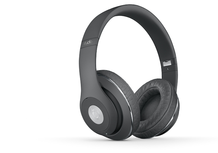 BEATS x A.WANG STUDIO WIRELESS-zoom-thrqtrlft