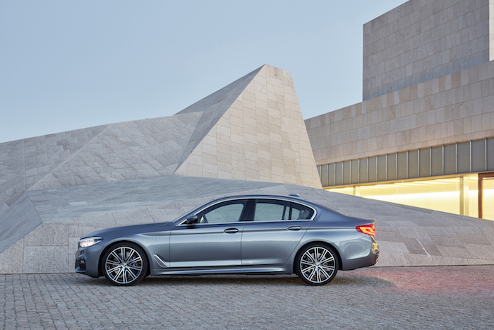 03.The all new BMW 5 Series - M Sport Edition_side copy