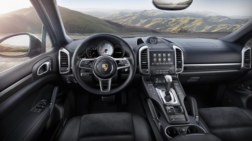 The new Porsche Cayenne Platinum Edition