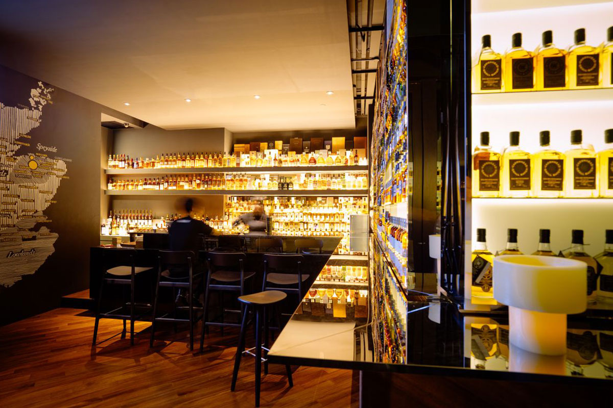 quaich bar whisky bars singapore