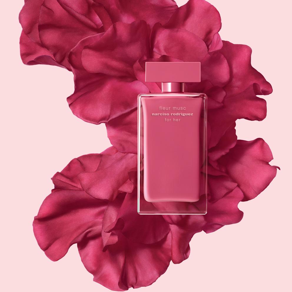 spring sensation narciso rodriguez 39 s for her fleur musc. Black Bedroom Furniture Sets. Home Design Ideas
