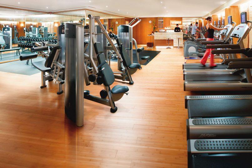Get rid of Smartphone Neck - Landmark Mandarin Oriental Hong Kong Fitness Centre
