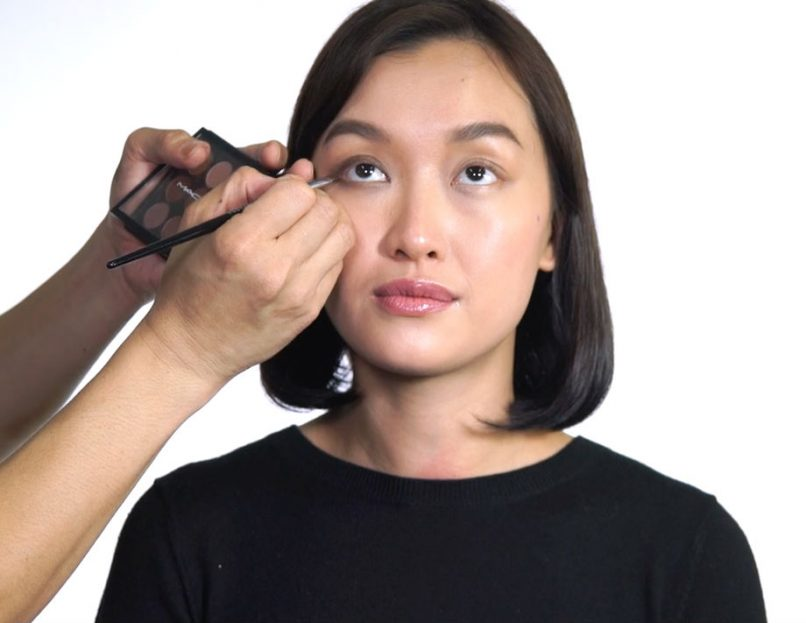 How to apply eyeshadow for Asian eye shapes