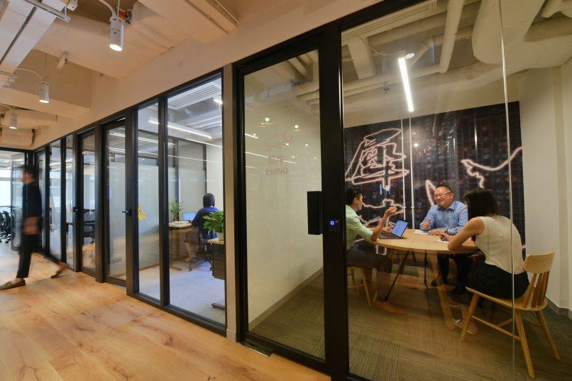 naked Hub - Bonham Strand co-working space meeting rooms