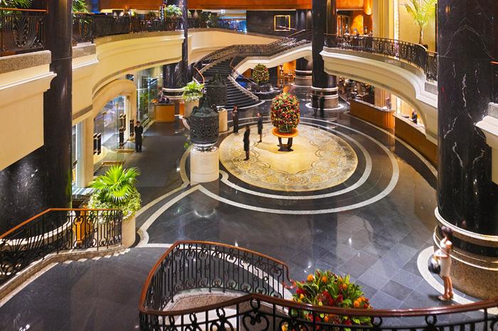 The lobby at Grand Hyatt Hong Kong