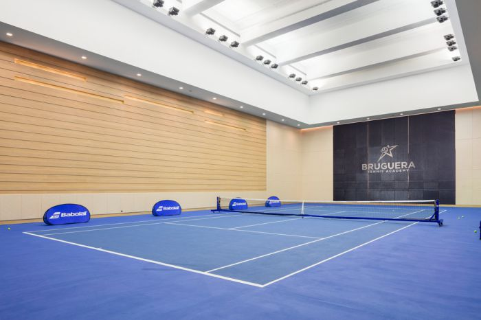 Hong Kong Golf and Tennis Academy - indoor tennis court