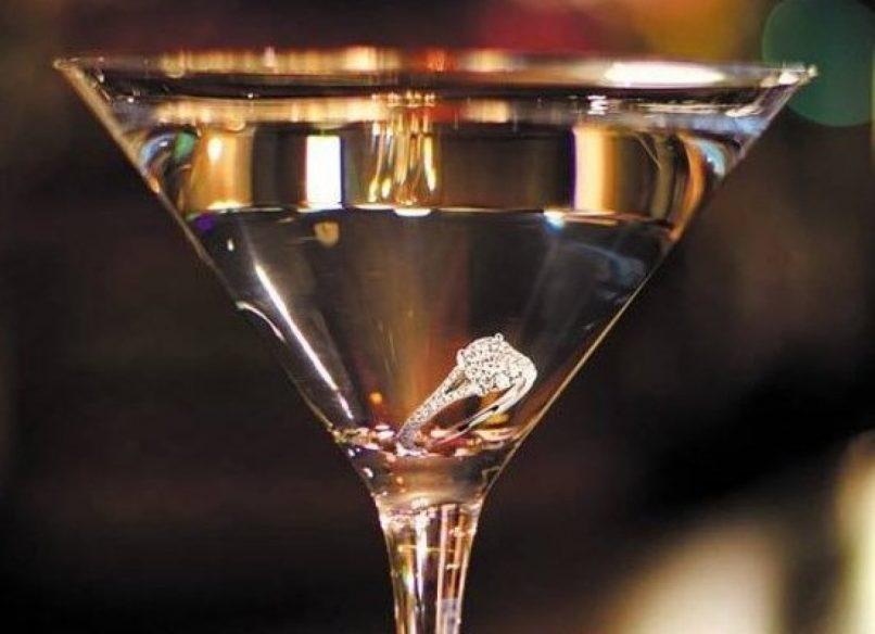 Resultado de imagen para Diamonds are forever martini