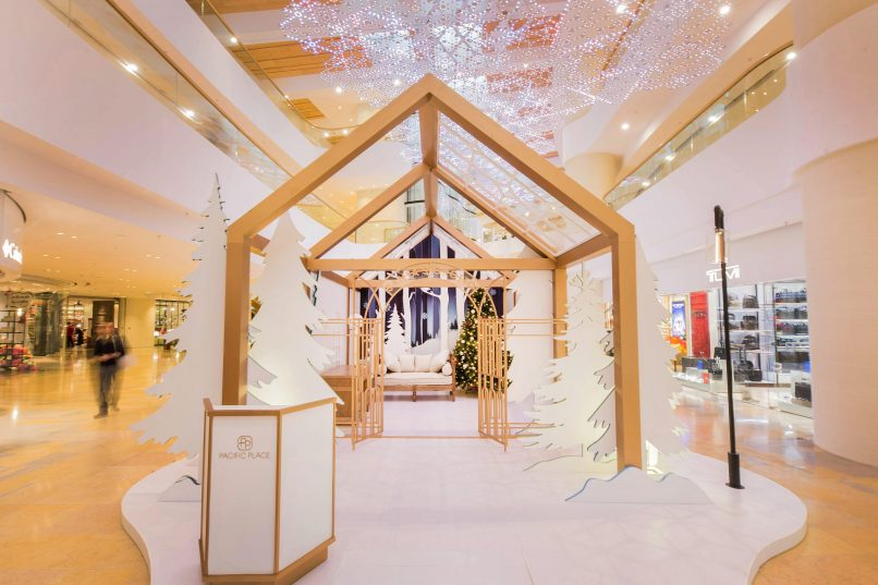 to do in Hong Kong - Pacific Place Christmas Spectacular