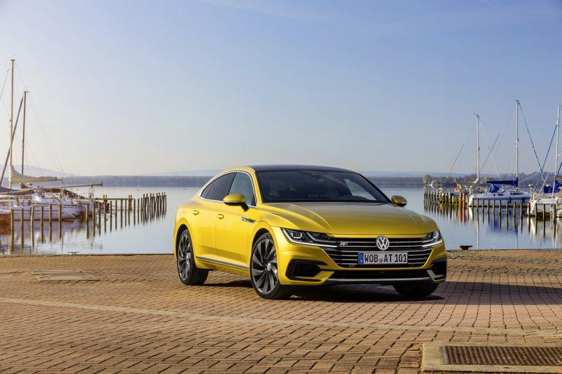 Volkswagen Arteon and Arteon R-Line (2)