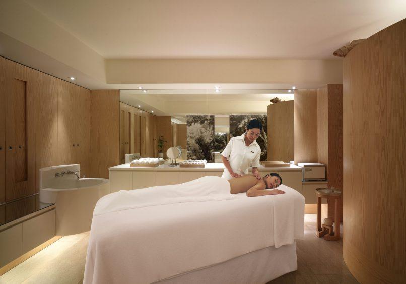 Best Staycations in Hong Kong - Grand Hyatt Hong Kong