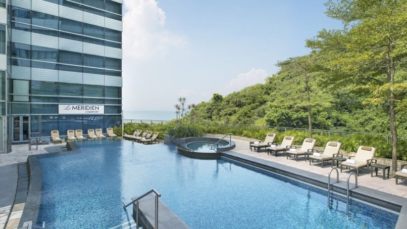 Pool Day Passes - Le Meridien Cyberport