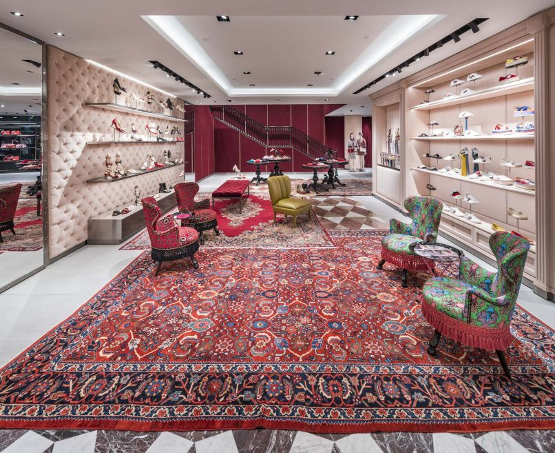 b85ce9c3e16 Gucci revamps its Paragon store offering 10