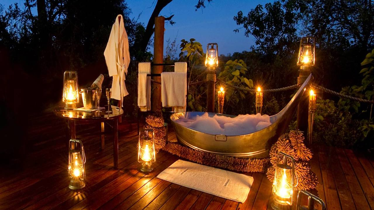 View from the bathtub at Sanctuary Baines' Camp, Okavango (Botswana)