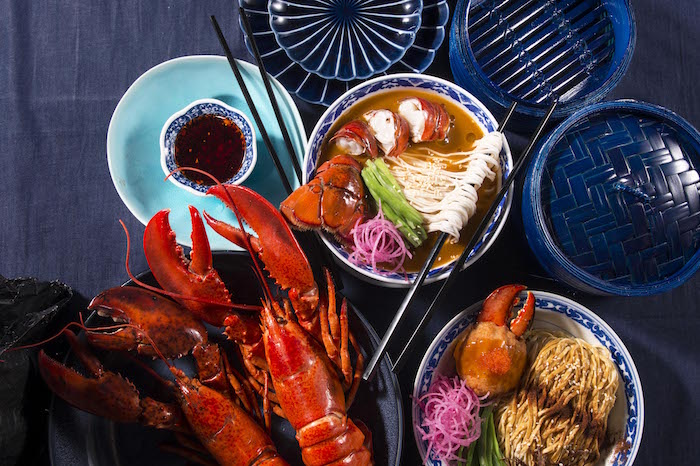 lobster tail soup noodles 龍肉湯麵 double lobster claws lo mein 龍鉗撈麵