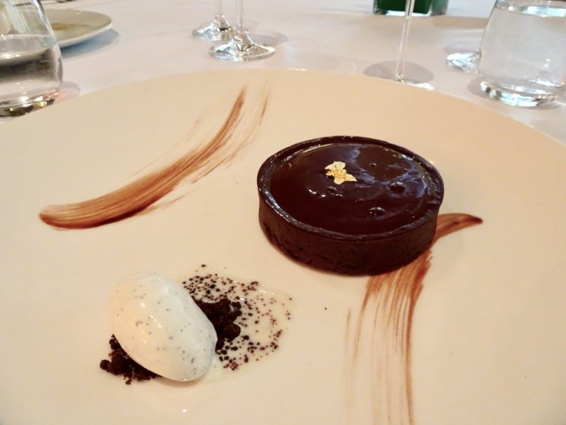 mandarin grill - chocolate tart