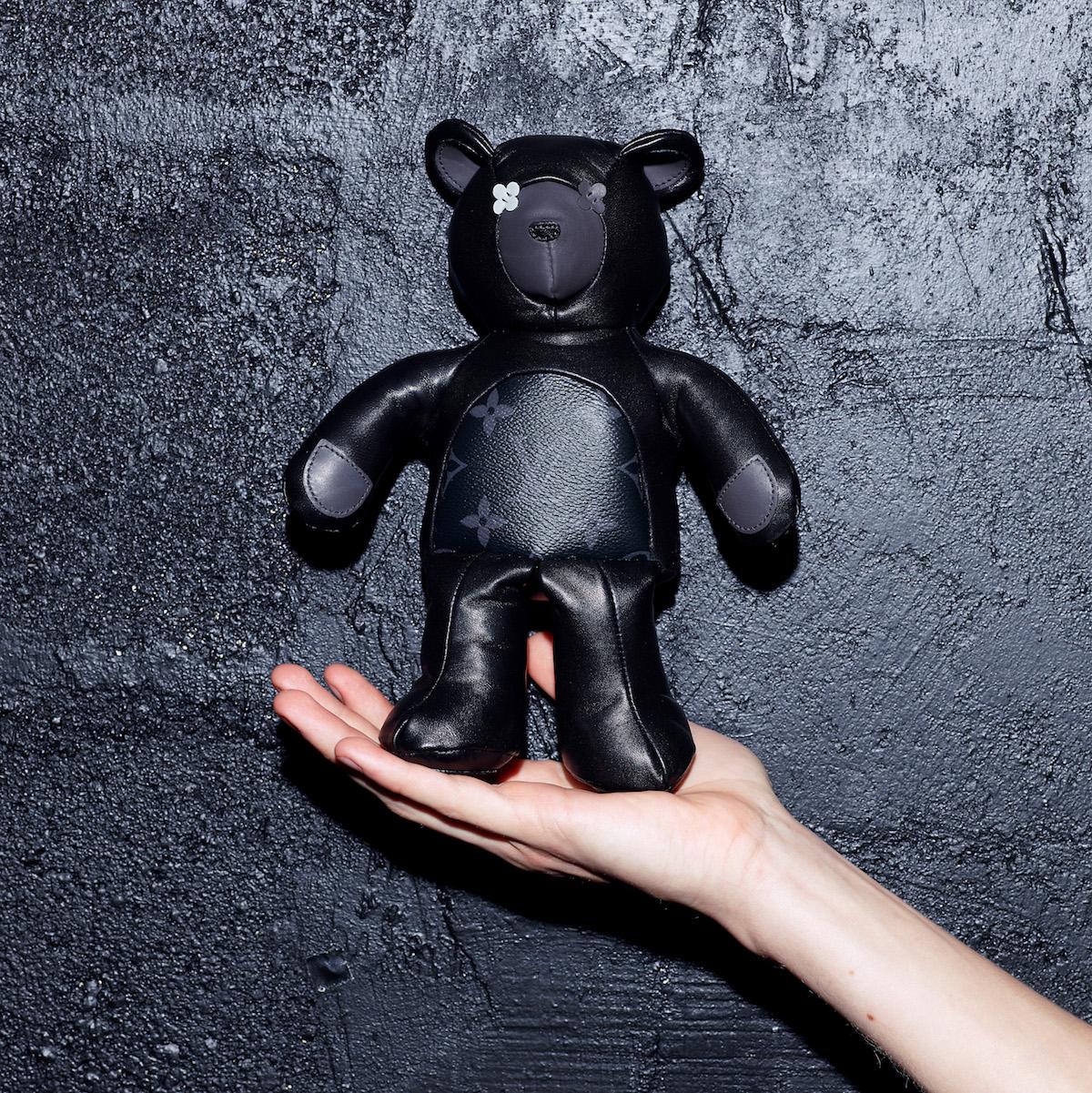 louis vuitton teddy bear fragment singapore