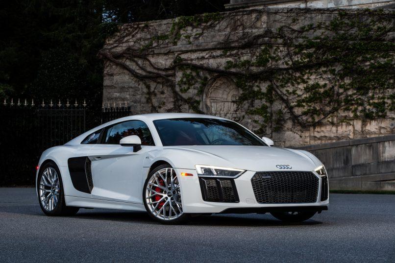 2017-Audi-R8-V10-myaudiworld