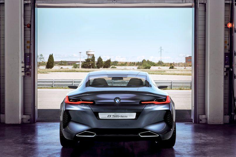 2018-BMW-Concept-8-Series-rear-end