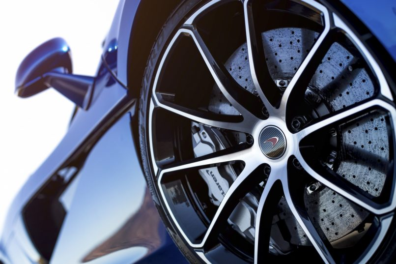 McLaren 570S Spider brakes