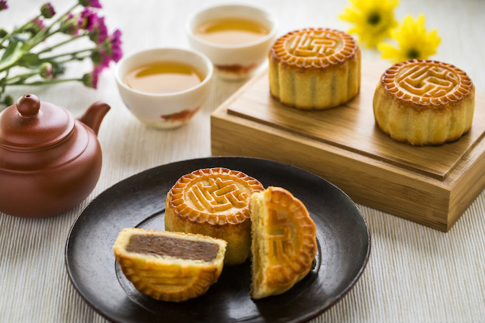 10 Must Order Mooncakes For Mid Autumn Festival 2017