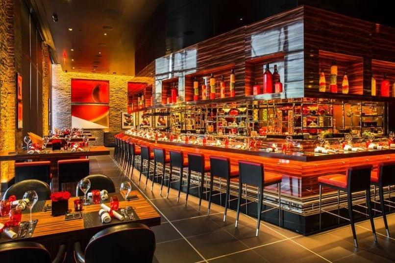 Bangkok champagne bars: L'atelier de Joel Robuchon