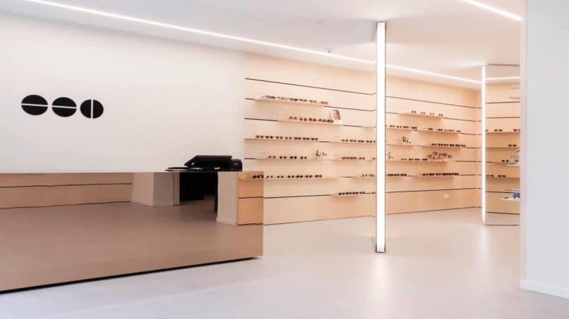 Komono eyewear, Belgium