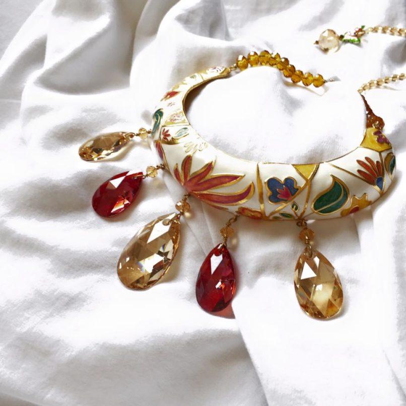 A neckpiece by Riddhika Jesrani