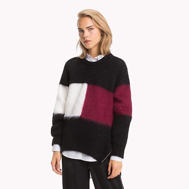 Tommy Hilfiger's cashmere pullover with Hilfiger insignia