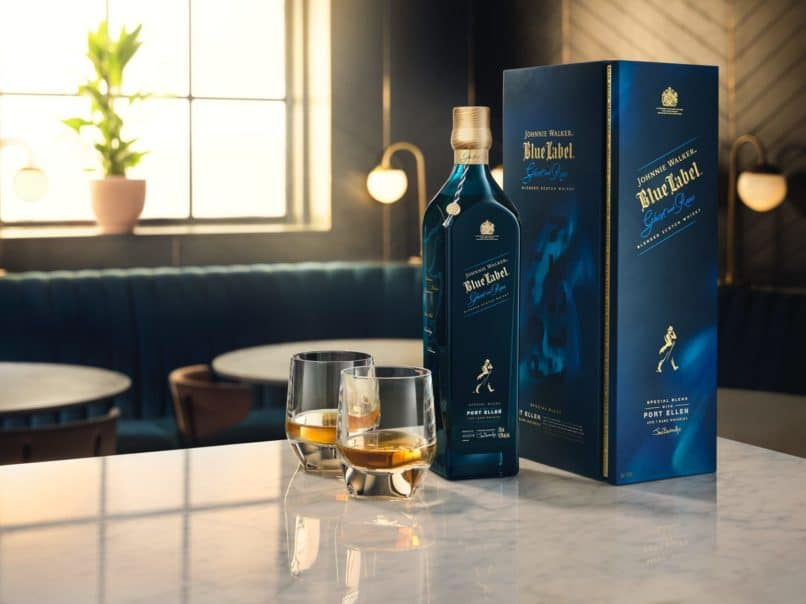 Where to drink in Hong Kong - Ozone Johnnie Walker