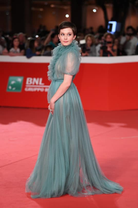 """ROME, ITALY - OCTOBER 18: Cailee Spaeny walks the red carpet ahead of the """"Bad Times At The El Royale (Sette Sconosciuti A El Royale)"""" screening during the 13th Rome"""