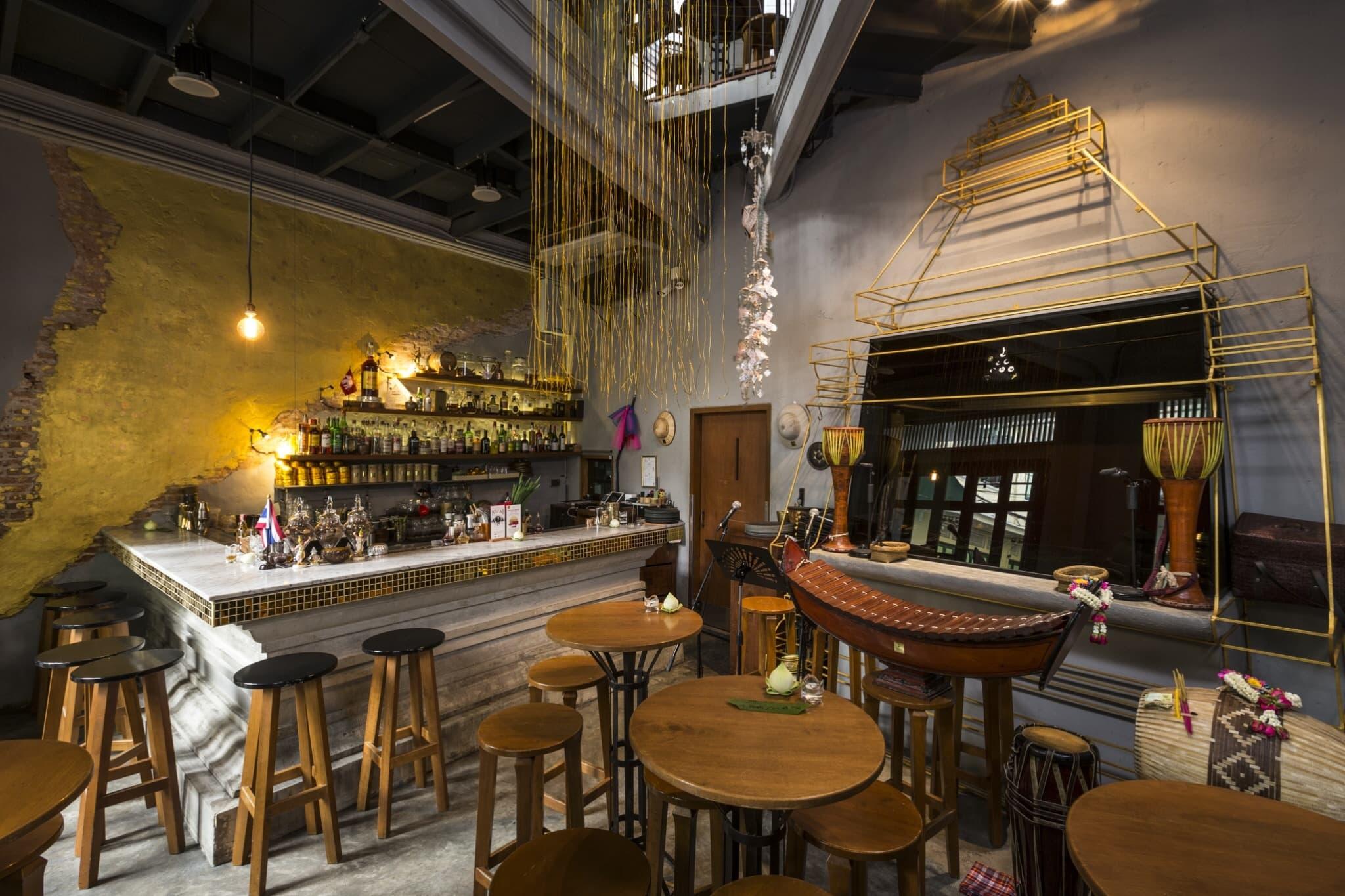 Bar Guide Soi Nana Chinatown: Tep Bar