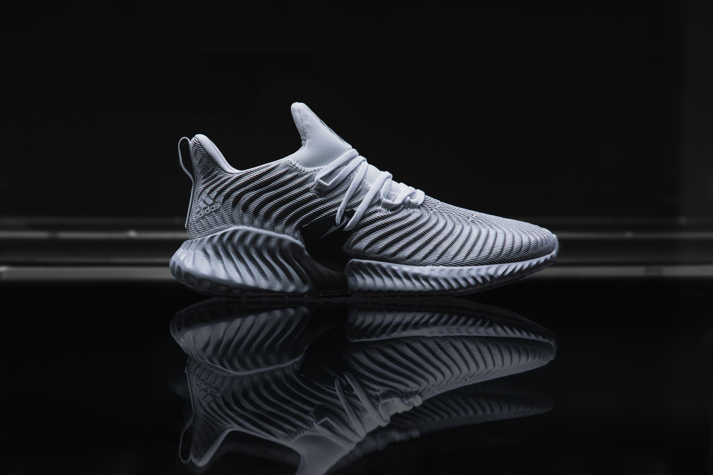 adidas AlphaBOUNCE Instinct