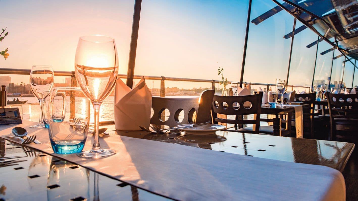 Dinner cruise, Beyond by Seawings. Dubai weekend getaway