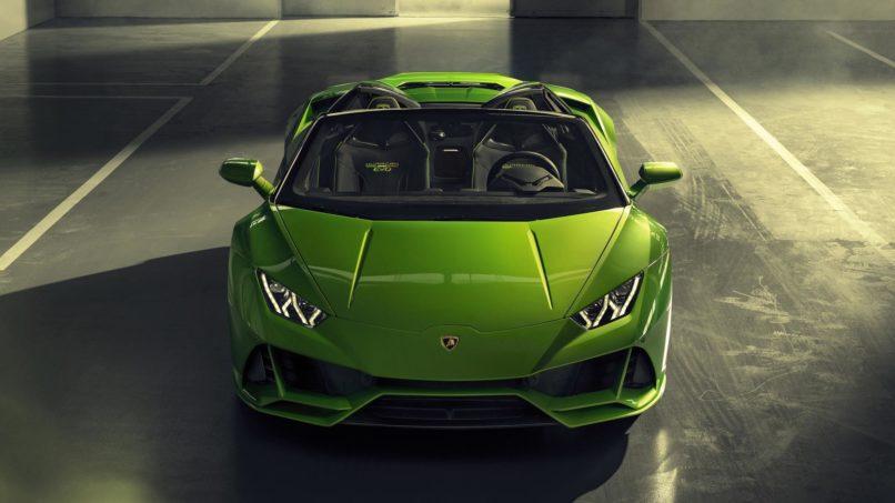 Lamborghini Huracán Evo sporting a new 'Serpentine Green' paintjob