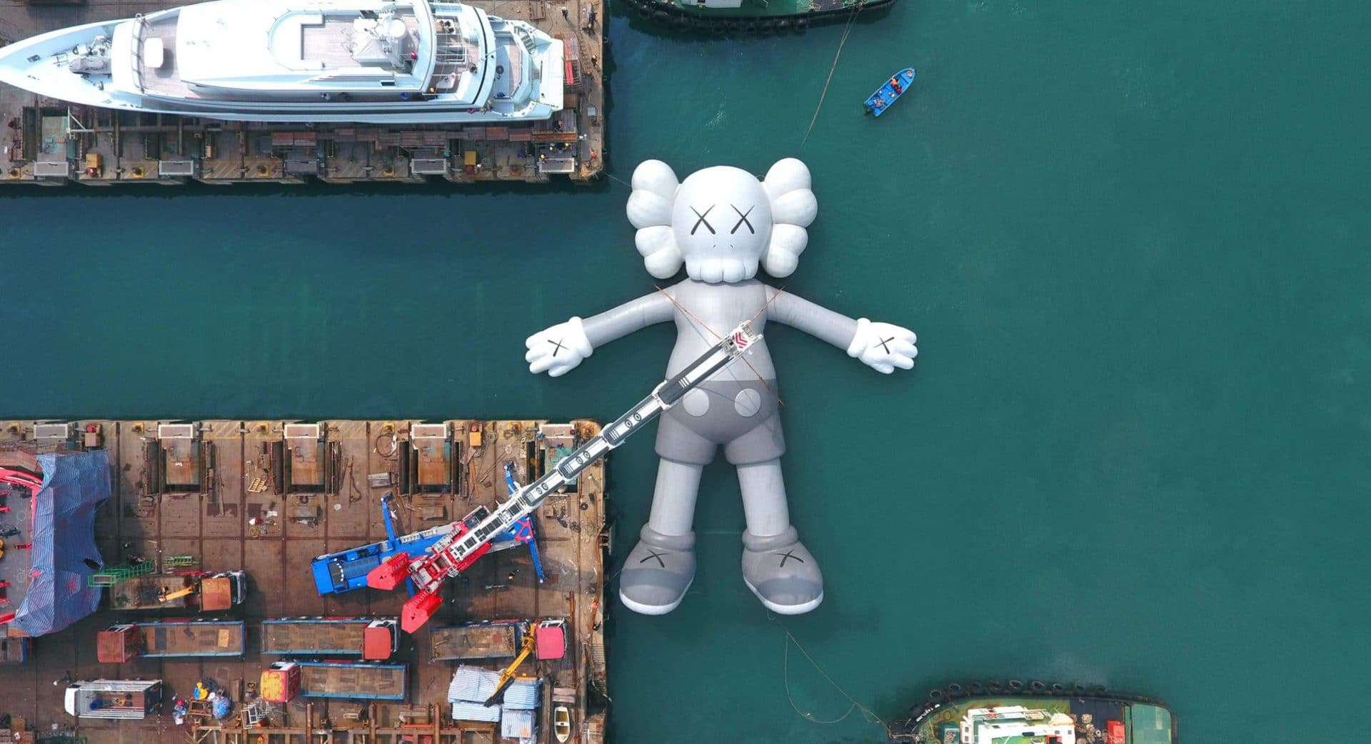 Hong Kong Art Week - KAWS:HOLIDAY
