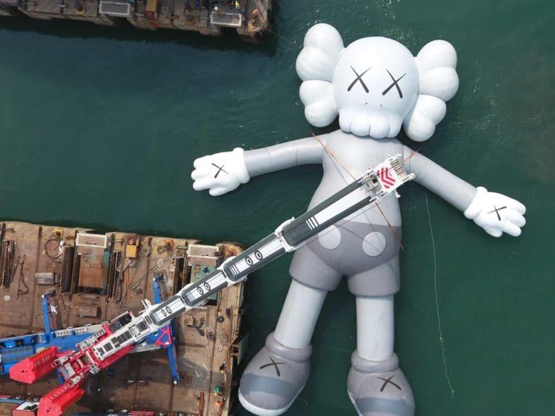 Hong Kong Art Week - KAWS:HOLIDAY