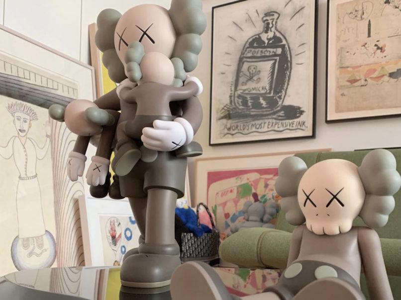 Kaws figurines