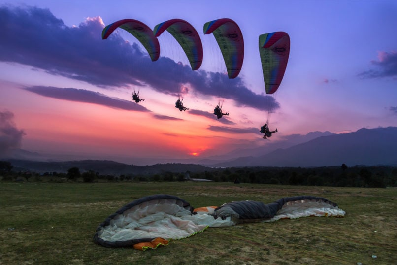 Bir travel guide. Paragliding