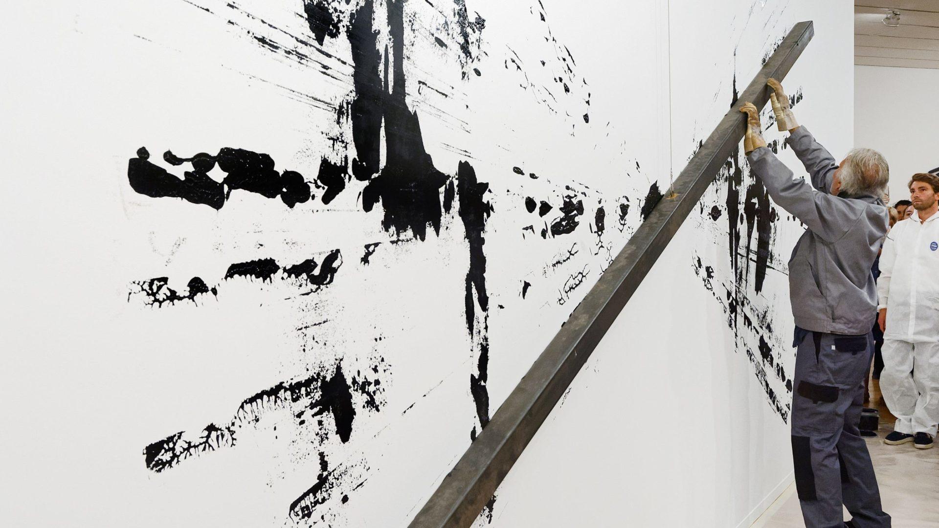 Must-see exhibitions in Hong Kong - Bernar Venet