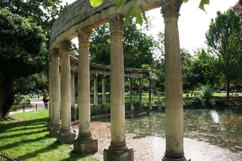 best places to have a picnic in Paris