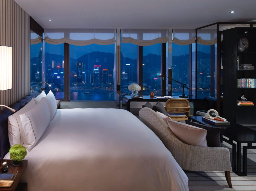 Rosewood Residences - bedroom at night